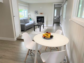"""Photo 7: 119 1840 160 Street in Surrey: King George Corridor Manufactured Home for sale in """"Breakaway Bays"""" (South Surrey White Rock)  : MLS®# R2598312"""