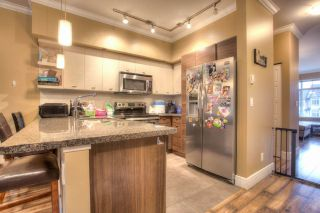 """Photo 4: 27 6299 144 Street in Surrey: Sullivan Station Townhouse for sale in """"Altura"""" : MLS®# R2023805"""
