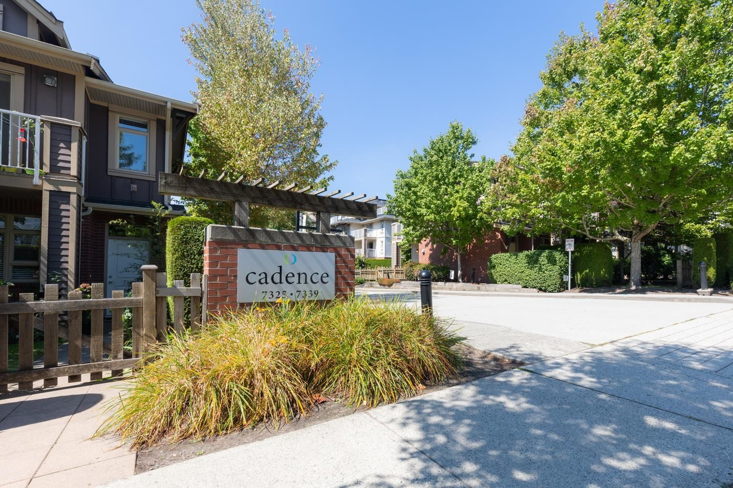 """Main Photo: 304 7339 MACPHERSON Avenue in Burnaby: Metrotown Condo for sale in """"CADENCE"""" (Burnaby South)  : MLS®# R2625090"""