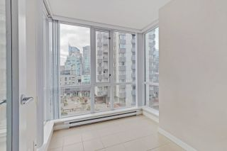 """Photo 10: 810 1082 SEYMOUR Street in Vancouver: Downtown VW Condo for sale in """"FREESIA"""" (Vancouver West)  : MLS®# R2512604"""