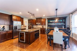 """Photo 2: 12 3502 150A Street in Surrey: Morgan Creek Townhouse for sale in """"Barber Creek Estates"""" (South Surrey White Rock)  : MLS®# R2536793"""