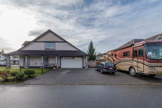 Photo 3: 8499 FENNELL Street in Mission: Mission BC House for sale : MLS®# R2031857