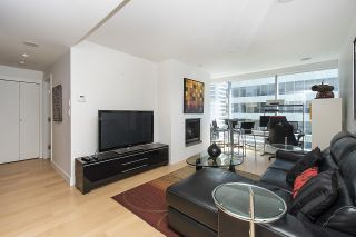 """Photo 3: 1806 1111 ALBERNI Street in Vancouver: West End VW Condo for sale in """"Shangri-La"""" (Vancouver West)  : MLS®# R2568086"""