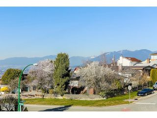 Photo 11: 8 GLYNDE AVE - LISTED BY SUTTON CENTRE REALTY in Burnaby: Capitol Hill BN House for sale (Burnaby North)  : MLS®# V1109161