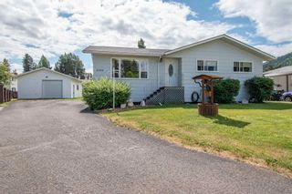 Photo 1: 4346 BIRCH Crescent in Smithers: Smithers - Town House for sale (Smithers And Area (Zone 54))  : MLS®# R2602317