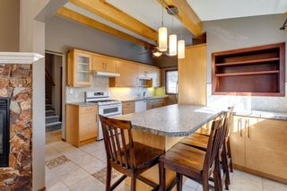 Photo 2: 56 Kentish Drive SW in Calgary: Kingsland Detached for sale : MLS®# A1078785
