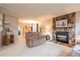"""Photo 7: 2391 WAKEFIELD Drive in Langley: Willoughby Heights House for sale in """"LANGLEY MEADOWS"""" : MLS®# R2577041"""