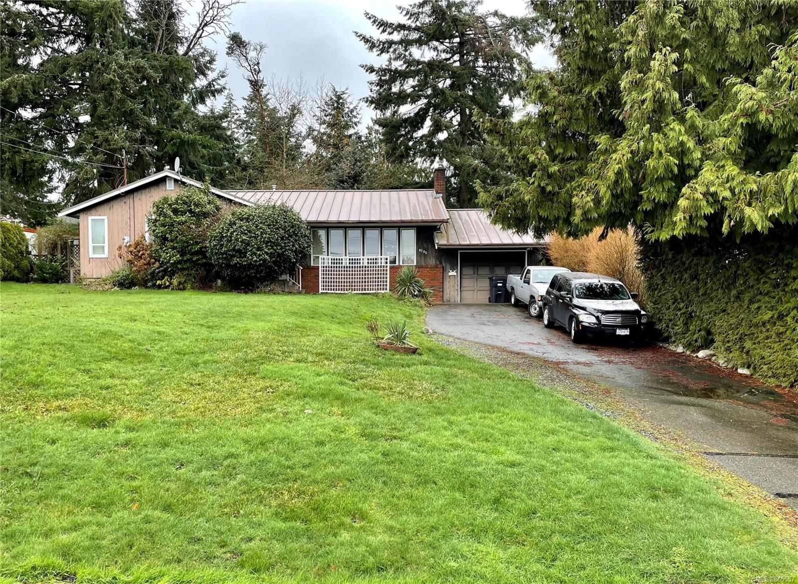Main Photo: 6785 Philip Rd in : Na Upper Lantzville House for sale (Nanaimo)  : MLS®# 865557