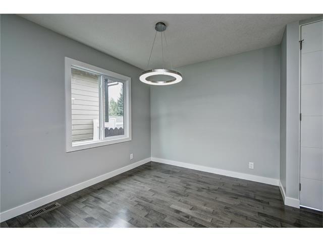 Photo 23: Photos: 448 CEDARPARK Drive SW in Calgary: Cedarbrae House for sale : MLS®# C4084629