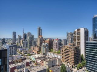 """Main Photo: PH10 933 SEYMOUR Street in Vancouver: Downtown VW Condo for sale in """"THE SPOT"""" (Vancouver West)  : MLS®# R2595792"""