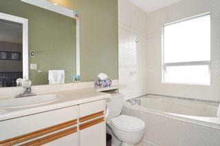 Photo 11: 2807 RAMBLER WAY in Coquitlam: Scott Creek House for sale : MLS®# R2178709