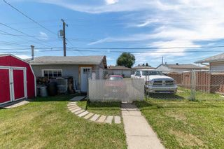 Photo 4: 8007 130 Avenue in Edmonton: Zone 02 House for sale : MLS®# E4252021