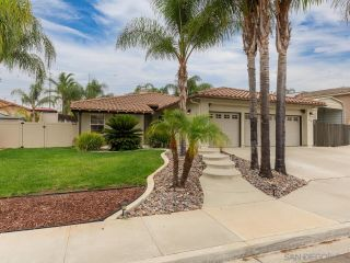 Photo 1: EL CAJON House for sale : 5 bedrooms : 13942 Shalyn Dr