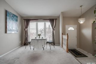 Photo 2: 427 Briarvale Court in Saskatoon: Briarwood Residential for sale : MLS®# SK842711