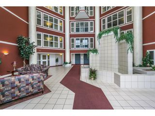 """Photo 2: 412 2626 COUNTESS Street in Abbotsford: Abbotsford West Condo for sale in """"Wedgewood"""" : MLS®# R2346740"""