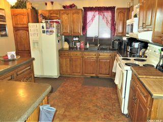 Photo 8: 26 Assiniboine Drive in Saskatoon: River Heights SA Residential for sale : MLS®# SK863441