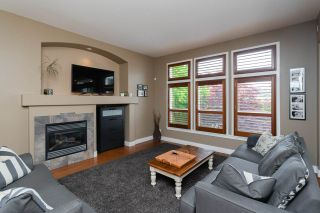 Photo 12: 16484 60A Avenue in Surrey: Cloverdale BC House for sale (Cloverdale)  : MLS®# R2456556