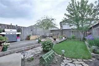 Photo 3: 22 Coates Drive in Milton: Dempsey House (2-Storey) for sale : MLS®# W3226368