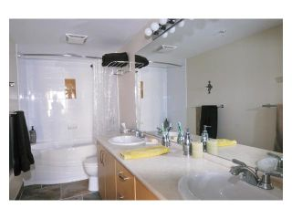 """Photo 6: 226 801 KLAHANIE Drive in Port Moody: Port Moody Centre Condo for sale in """"INGLENOOK"""" : MLS®# V869106"""
