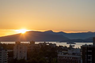 """Photo 21: 11 1350 W 14TH Avenue in Vancouver: Fairview VW Condo for sale in """"THE WATERFORD"""" (Vancouver West)  : MLS®# R2593277"""