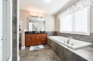 Photo 16: 3040 MACNEIL Way in Edmonton: Zone 14 House for sale : MLS®# E4263321