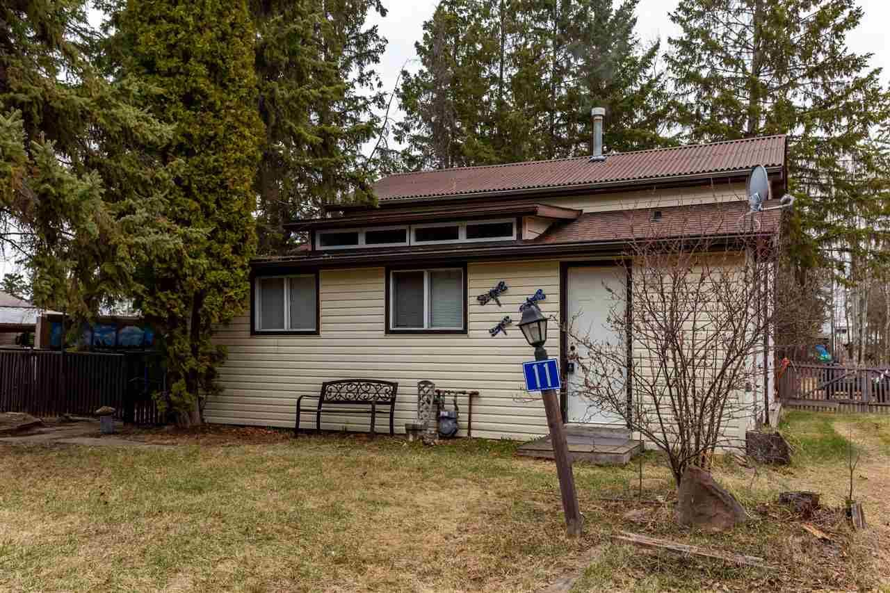 Main Photo: 11 3016 TWP RD 572: Rural Lac Ste. Anne County House for sale : MLS®# E4241063