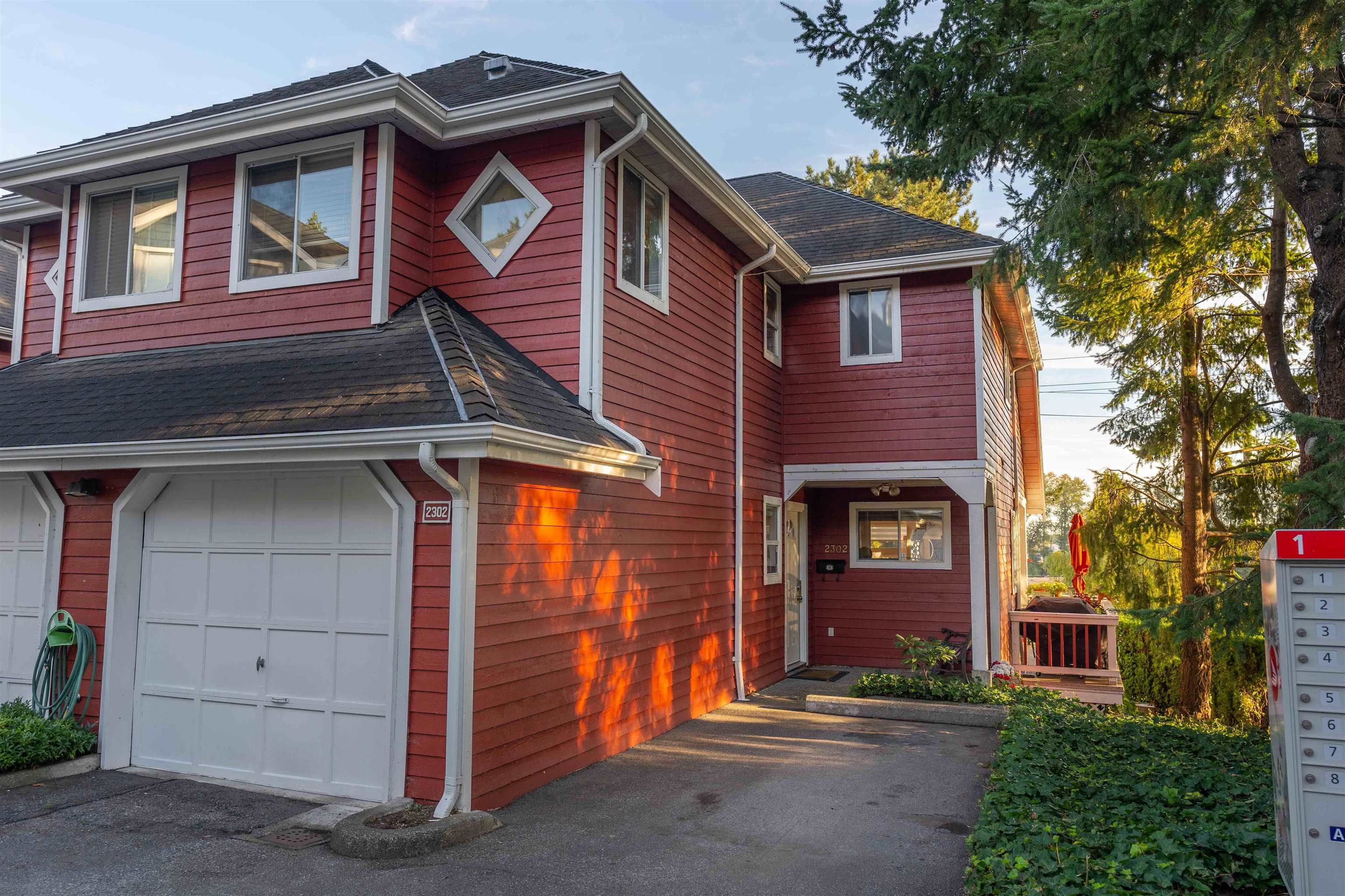 Main Photo: 2302 RIVERWOOD Way in Vancouver: South Marine Townhouse for sale (Vancouver East)  : MLS®# R2615160