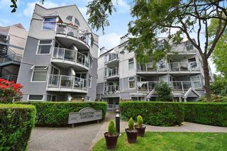 "Photo 1: 408 2020 W 8TH Avenue in Vancouver: Kitsilano Condo for sale in ""AUGUSTINE GARDENS"" (Vancouver West)  : MLS®# R2378621"