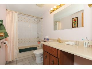 """Photo 6: 5247 BENTLEY Drive in Ladner: Hawthorne House for sale in """"HAWTHORNE"""" : MLS®# V1128574"""