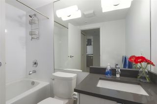 """Photo 14: 402 1050 BURRARD Street in Vancouver: Downtown VW Condo for sale in """"WALL CENTRE"""" (Vancouver West)  : MLS®# R2362675"""