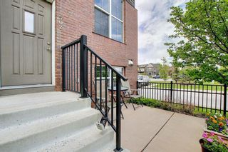 Photo 2: 302 New Brighton Villas SE in Calgary: New Brighton Row/Townhouse for sale : MLS®# A1116930