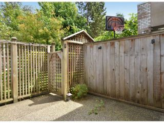 """Photo 16: 141 15550 26TH Avenue in Surrey: King George Corridor Townhouse for sale in """"Sunnyside Gate"""" (South Surrey White Rock)  : MLS®# F1414427"""
