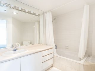 """Photo 27: 406 1551 MARINER Walk in Vancouver: False Creek Condo for sale in """"LAGOONS"""" (Vancouver West)  : MLS®# R2548149"""