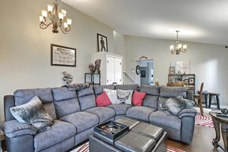 Photo 7: 188 Millrise Drive SW in Calgary: Millrise Detached for sale : MLS®# A1115964
