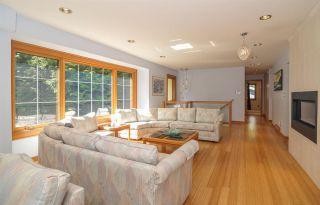 Photo 5: 12715 18A Avenue in Surrey: Crescent Bch Ocean Pk. House for sale (South Surrey White Rock)  : MLS®# R2399687