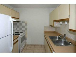 "Photo 5: 202 1450 E 7TH Avenue in Vancouver: Grandview VE Condo for sale in ""RIDGEWAY PLACE"" (Vancouver East)  : MLS®# V1047303"