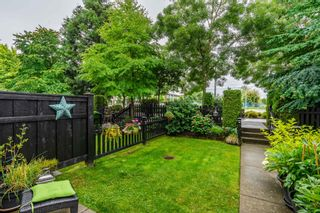 Photo 3: 22 2450 161A Street in Surrey: Grandview Surrey Townhouse for sale (South Surrey White Rock)  : MLS®# R2472218