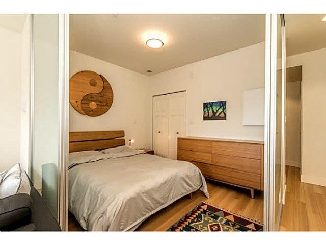 """Photo 10: Photos: 305 2250 COMMERCIAL Drive in Vancouver: Grandview VE Condo for sale in """"THE MARQUEE ON THE DRIVE"""" (Vancouver East)  : MLS®# V1109784"""