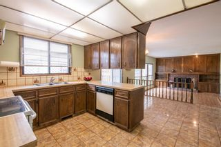 Photo 8: 143 Edgehill Place NW in Calgary: Edgemont Detached for sale : MLS®# A1143804