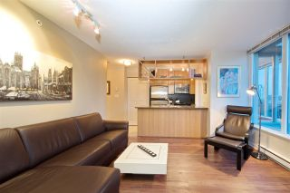 "Photo 2: 1008 1001 RICHARDS Street in Vancouver: Downtown VW Condo for sale in ""THE MIRO"" (Vancouver West)  : MLS®# R2394358"