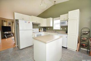 Photo 11: 411 Overholt Crescent in Saskatoon: Arbor Creek Residential for sale : MLS®# SK852557