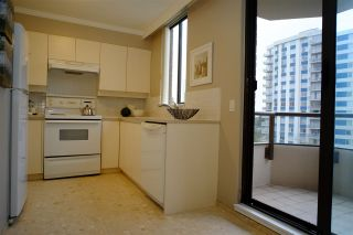 """Photo 5: 404 2189 W 42ND Avenue in Vancouver: Kerrisdale Condo for sale in """"Governor Point"""" (Vancouver West)  : MLS®# R2112248"""