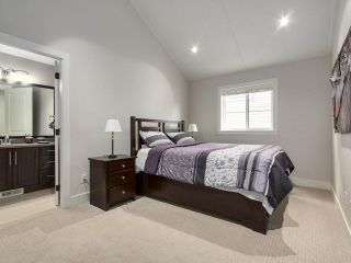 Photo 15: 2099 RIESLING Drive in Abbotsford: Aberdeen House for sale : MLS®# R2180981