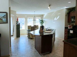 Photo 2: 183 COVECREEK Place NE in Calgary: Coventry Hills Residential Detached Single Family for sale : MLS®# C3638239