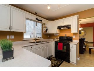 """Photo 8: 21464 83B Avenue in Langley: Walnut Grove House for sale in """"Forest Hills"""" : MLS®# F1428556"""