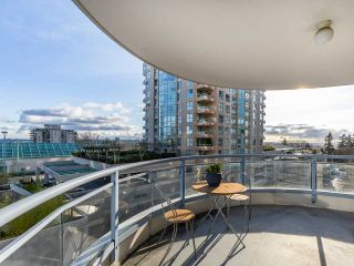 """Photo 18: 804 719 PRINCESS Street in New Westminster: Uptown NW Condo for sale in """"STIRLING PLACE"""" : MLS®# R2432360"""