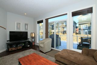 Photo 11: 112 SUNSET Square: Cochrane House for sale : MLS®# C4113210