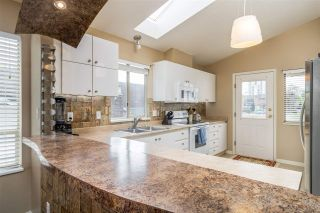 Photo 5: 1647 PHILIP Avenue in North Vancouver: Pemberton NV House for sale : MLS®# R2263711