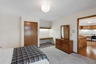 Photo 29: 927 Shawnee Drive SW in Calgary: Shawnee Slopes Detached for sale : MLS®# A1123376