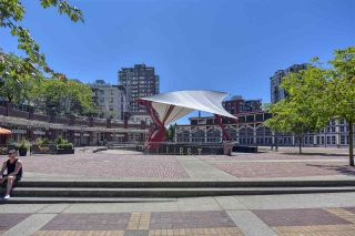 """Photo 34: 105 1383 MARINASIDE Crescent in Vancouver: Yaletown Townhouse for sale in """"COLUMBUS"""" (Vancouver West)  : MLS®# R2478306"""